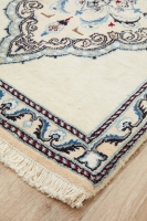 HAND KNOTTED PERSIAN FINE QUALITY NAEN R