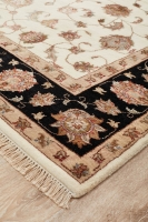 Hand Knotted Narayan Indian Fine Wool